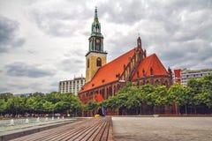 Iglesia del ` s de St Mary en Berlín imagen de archivo libre de regalías