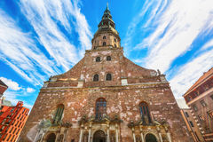 Iglesia del ` s de StPeter, Riga imagenes de archivo