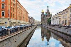 Iglesia del salvador en sangre en el canal de Griboedov Imagen de archivo