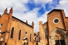 Iglesia dominicana de Sant'Anastasia en Verona fotografía de archivo