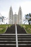Iglesia en Akureyri, Islandia Imágenes de archivo libres de regalías