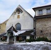 Iglesia en bulle en gruyere en Suiza del sur Imagen de archivo libre de regalías
