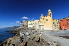 Iglesia en Camogli Fotos de archivo libres de regalías