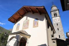 Iglesia en Cogne Val D& x27; Aosta Italia Fotos de archivo
