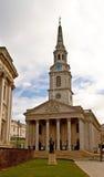 Iglesia en cuadrado trafalgar Fotografía de archivo libre de regalías