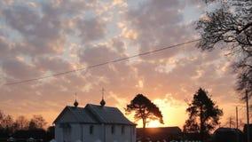 Iglesia en el amanecer almacen de video