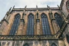 Iglesia en el pueblo de Colmar fotos de archivo libres de regalías