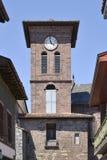 Iglesia en el Santo-Jean-De varios colores-de-puerto en Francia Fotografía de archivo libre de regalías