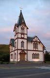 Iglesia en Husavik Islandia septentrional Foto de archivo libre de regalías