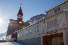 Iglesia en invierno en Longyearbyen, Spitsbergen (Svalbard) noruega Fotos de archivo libres de regalías