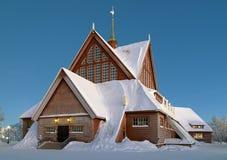 Iglesia en invierno, Suecia de Kiruna Imagen de archivo libre de regalías
