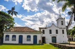 Iglesia en la ciudad de Paraty Imágenes de archivo libres de regalías