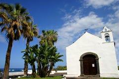Iglesia en la isla Fotografía de archivo libre de regalías
