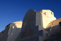Iglesia en la isla de Folegandros, Grecia Imagen de archivo
