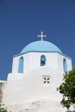 Iglesia en la isla de Paros fotografía de archivo