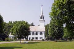 Iglesia en parque Fotografía de archivo libre de regalías