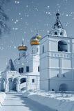 Iglesia en Rusia, la Navidad ilustración del vector