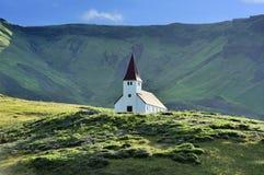 Iglesia en Vik, Islandia Fotografía de archivo