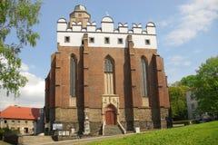 Iglesia gótica con agregaciones barrocas, Paczkow, Polan imagen de archivo libre de regalías