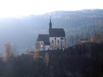 Iglesia hermosa en contraluz Foto de archivo libre de regalías