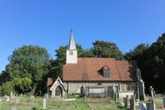 Iglesia inglesa de la aldea Fotos de archivo libres de regalías