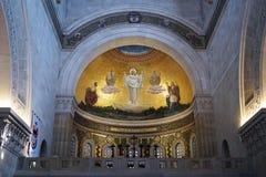 Iglesia interior Imagenes de archivo