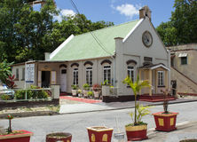 Iglesia local en la costa oeste de Barbados imagenes de archivo