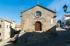 Iglesia Matriz del sao Salvador en el pueblo de Monsanto, Portugal Fotografía de archivo