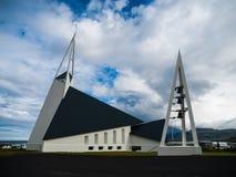 Iglesia moderna en Olafsvik Imágenes de archivo libres de regalías