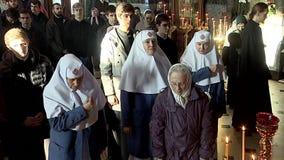 Iglesia Monjas en el servicio