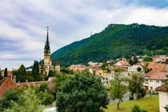 Iglesia negra en Rumania imagenes de archivo