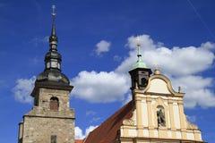 Iglesia neogótica de la Virgen María y monasterio en Pilsen Foto de archivo libre de regalías