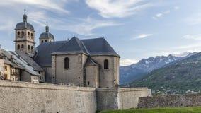 Iglesia Notre Dame y Saint Nicolas en Briancon Fotos de archivo libres de regalías
