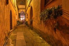 Iglesia ocultada en Roma, Italia Fotos de archivo libres de regalías
