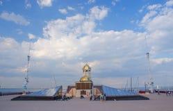 Iglesia ortodoxa de StNicholas en el puerto marítimo de Odessa, Ucrania fotos de archivo