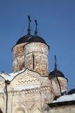 Iglesia ortodoxa descuidada en Kirillov, Rusia Fotografía de archivo libre de regalías