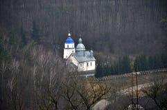 Iglesia ortodoxa en el woods_3 Imágenes de archivo libres de regalías