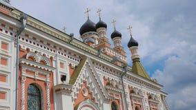 Iglesia ortodoxa en Grodno, Bielorrusia El templo es un lugar del rel Imagen de archivo libre de regalías