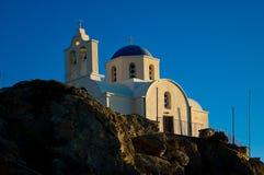 Iglesia ortodoxa en Kamari Imágenes de archivo libres de regalías