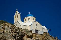 Iglesia ortodoxa en Kamari Foto de archivo