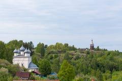 Iglesia ortodoxa en la parte histórica Imagen de archivo libre de regalías