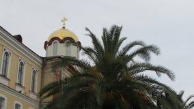 Iglesia ortodoxa en Novy Afon, Abjasia Centro de la ortodoxia en el Cáucaso fotos de archivo libres de regalías