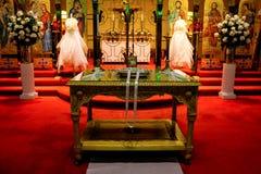 Iglesia ortodoxa griega preparada para una boda Fotografía de archivo libre de regalías
