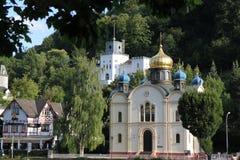 Iglesia ortodoxa rusa y castillo el mún ccsme Alemania imágenes de archivo libres de regalías