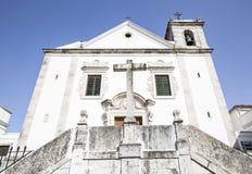 Iglesia parroquial de SantÃssimo Nome de Jesús en Odivelas, Lisboa, Foto de archivo
