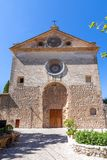 Iglesia parroquial de St Bartholomew, Valldemossa, Mallorca, España fotos de archivo