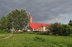 Iglesia parroquial en Retkinia Imagen de archivo libre de regalías