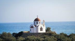 Iglesia por el mar Fotografía de archivo