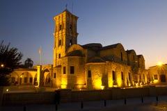 Iglesia por noche, Larnaca, Chipre de Lazarus del santo Foto de archivo