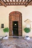 Iglesia porta, preparación de la boda Fotografía de archivo